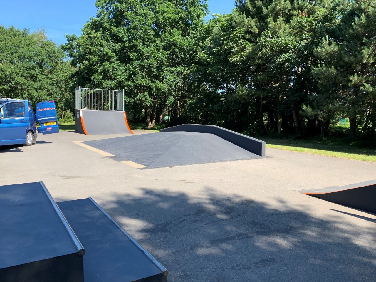 https://burghfieldparishcouncil.gov.uk/wp-content/uploads/2019/07/SKate-Park-1280x960.jpg